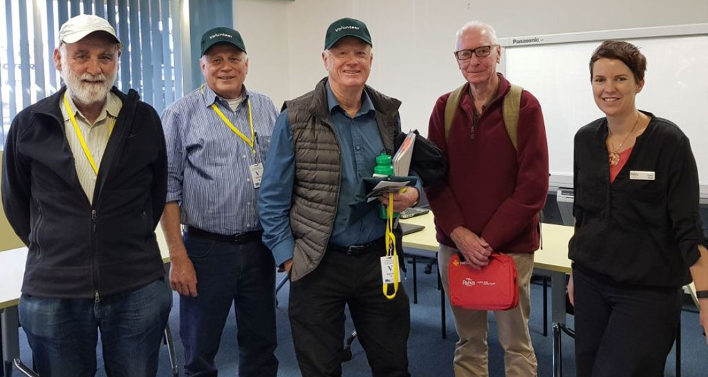 Volunteers from Field Naturalists Ballarat and Great Dividing Trail Association after Park Connect training session.